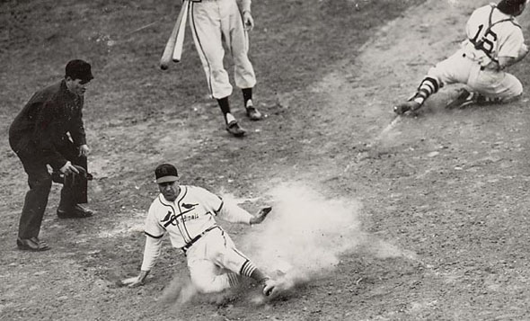 Enos Slaughter scores winning run in 7th game of 1946 World Series.