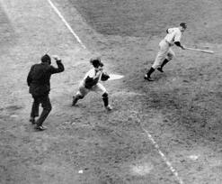 Mickey misses 3rd strike in 1941 World Series