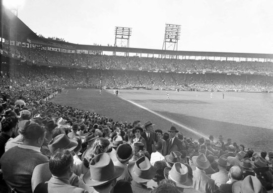 Crowd at Game 7 Sportsman's Park, St. Louis
