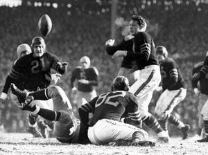 1941 Bears-Packers Playoff Action - 2