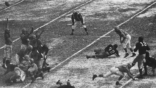 1945 NFL Championship Game Action - 2