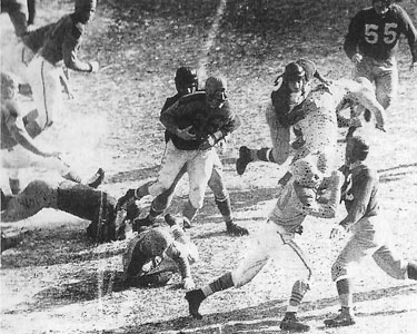 1945 NFL Championship Game Action