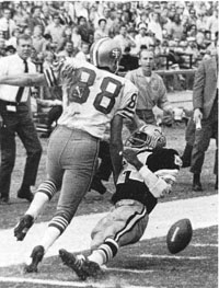 1969 Saints-49ers Action - 1