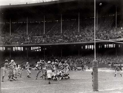 Groza Kicks Winning FG in1950 NFL Championship Game