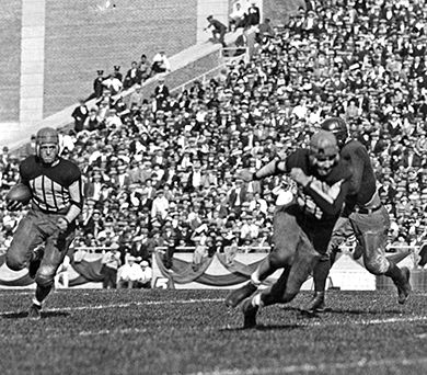 Red Grange in action