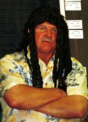 Mike Ditka in Ricky wig