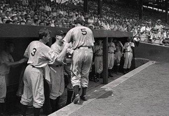 DiMaggio Reaches Dugout June 29, 1941